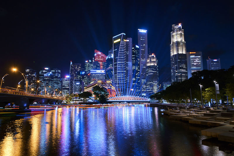 Time Rhythm CBD Marina Bay Singapore Low Light Night Lights I Light Singapore 2019 Time Rhythm Bicentennial Park