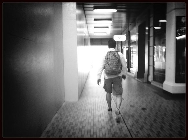 A way to exit AMPt - Escape Streetphotography Blackandwhite