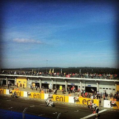 Endlich mal schönes Rennwetter #IDM #Sachsenring Sachsenring Idm