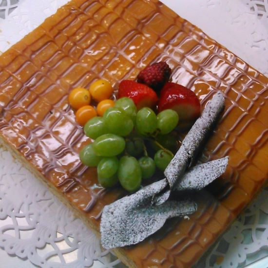 Mmmmm...... Eating Taking Photos Landscape Standing In Line Hi! Colours Forms Food Cakes! Sweet