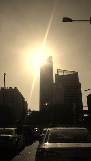 Abu Dhabi 2014 Bright Sun
