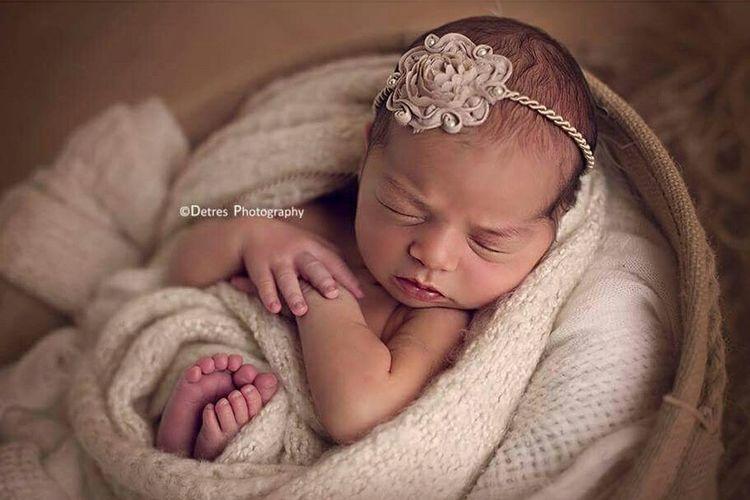 Detresphotography Photography Babygirl Poncepuertorico Fotografadebebes Bebes Puertorico Cutebaby Art StudioSession Bella Wrapped Princess Newbornsession Newbornposing NewBorn Photography
