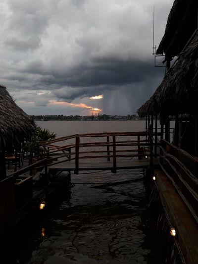 PuenteDelFinDelMundo SeVieneLaLluvia Lluvión AmazonasPerú Amazon River