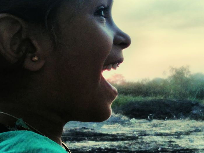 Candid Photography Sunset_collection Perfect Moment Super Smile Happy Little Girl Enjoying The Sights