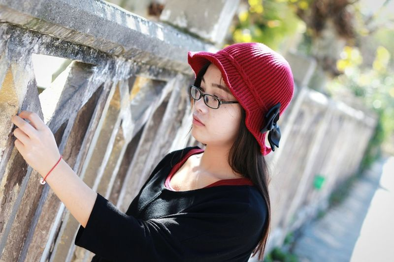 365 Project Of Virgolcj 行色摄影 Travelling Beauty Portrait Girl Sexygirl Red Hat I Love My City People Photography