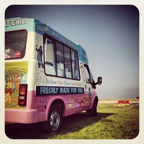 Mr Softee Ice Cream van ?? #blue #earlybirdlove #ebstyles_gf #ireland #ubiquography #gf_ire #malahide Blue Ireland Earlybirdlove Ubiquography Ebstyles_gf Malahide  Gf_ire
