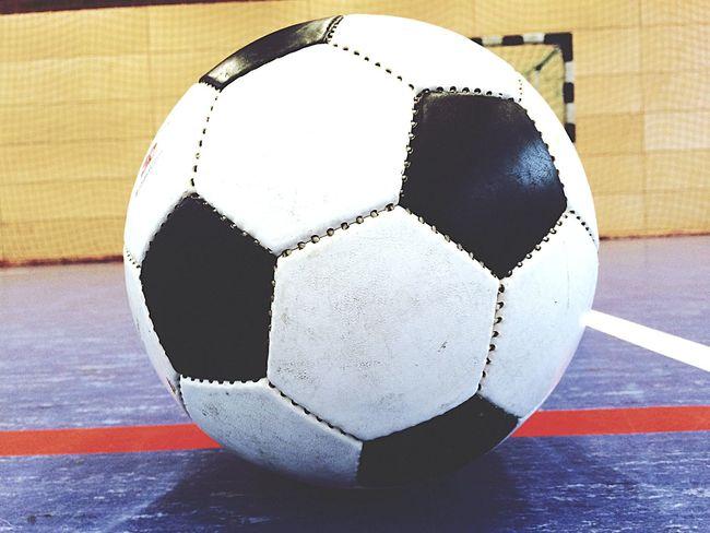 Freistoß. Soccer Fussball Ball Taking Photos Hello World Champions Winning