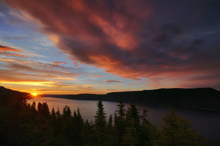 Sunset Quebec Reflection Beauty In Nature Lake Mountain Nature No People Outdoors River Scenery Scenics Sky Sunset Tranquil Scene Tranquility Tree Water