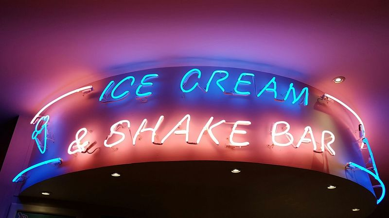 Did someone mention ice cream ? Text Neon Sign No People Shockingpink I Love Ice Cream Modern Advertising Lit Sign My Original Photo Loving Photography Indoors  Blue Color Millennial Pink Place Of Heart