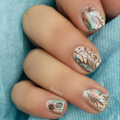 @essiepolish High class affair, Groove is in the heart, Blossom dandy, Where's my chauffeur?, Cocktails and coconuts + Partner in crime @Bornprettystore Stamping plate (ID 17919) Code für 10% Rabatt bei Bornprettystore: VALEX31 @bornprettynailart @essiedeutschland I💅essie Essie Essieaddict BornPrettyStore Fabulouslytrendy Bornprettynailart Nails2inspire Lovenails Essiepolish Nailsofinstagram Nailssart Nails Nailartaddict Manicure Nailpolish Nailart  Essielove Loveessie Sh Naildesign Naildesigns Instanails маникюр  ногти Nailjunkie nailpolishaddict polishaholic nailpolishjunkie pruesgang essienista 💅