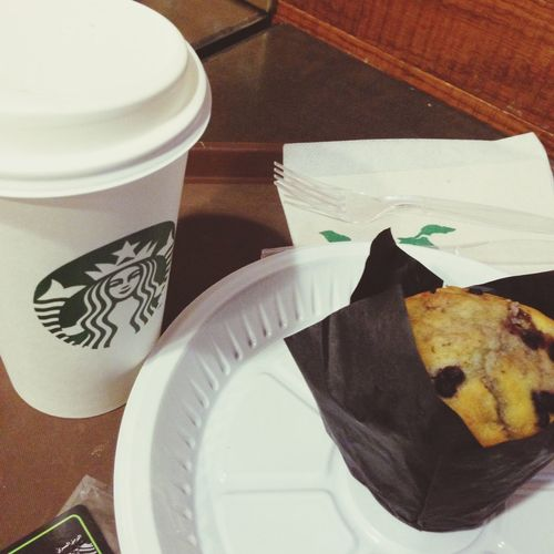 Starbucks Breakfast White Hot Chocolate Blueberry Muffin goodmorning (: