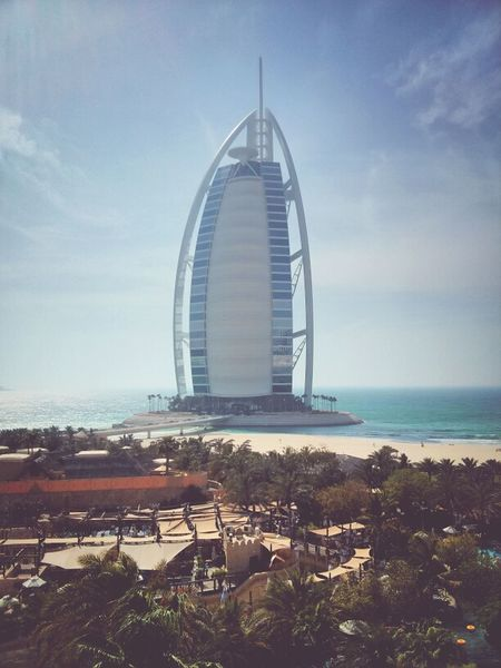 Burj Al Arab Z Goes Hongkong