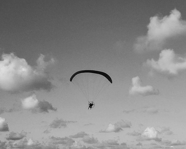 Voar Adventure Candeias Beach Paragliding Sky