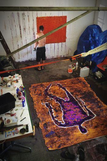 Martin HALLIEZ au travail au labo DTF ArtWork Peinture Labo DTF