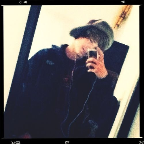 #smile #north #face #ipod #mirror #pic #like #it (: