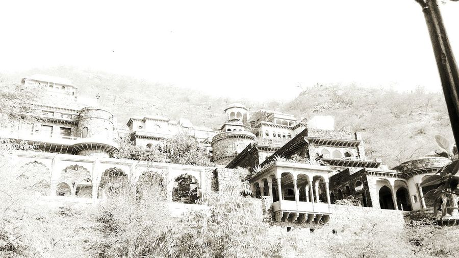 One of Rajasthan's many forts. Neemrana Rajasthan B&w Architecture Ancient Fortress Eeire