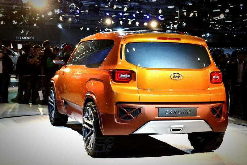 Shotbyaneesh Autoexpo2016 Autoexpo Hyundai Concept Car Wheel Sportscar Spotlight Motorshow Orange Color Orange Stylish