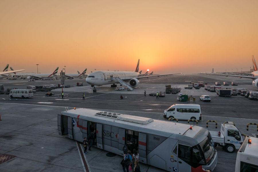 Airplane Metal Industry Passenger Boarding Bridge Emirates Dubai Lx100 Panasonic Lx100