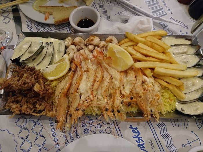 This is SEAFOOD🐡 Platter Love It Ready-to-eat Foodpics Food Photography Foodspotting Good Company