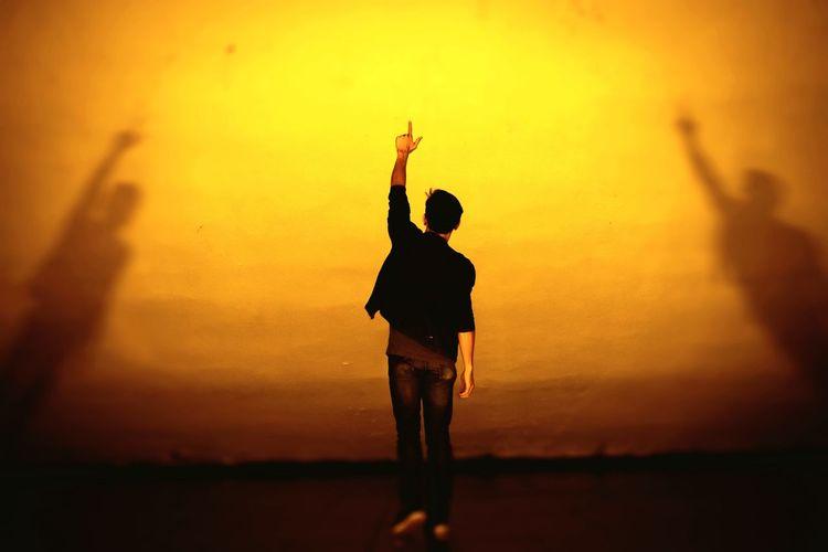 Shadow and Light Shadow Shadows & Lights Standing Sunset Pop Rock Hand Raised Stage Light
