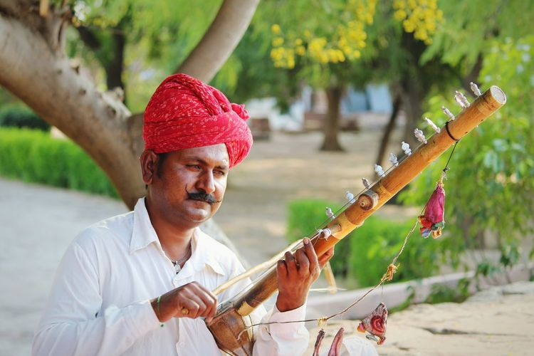Artist Musical Instrument Rajasthan Indian Artist Indian Folk Music Talented Artists Jodhpur Outdoors People