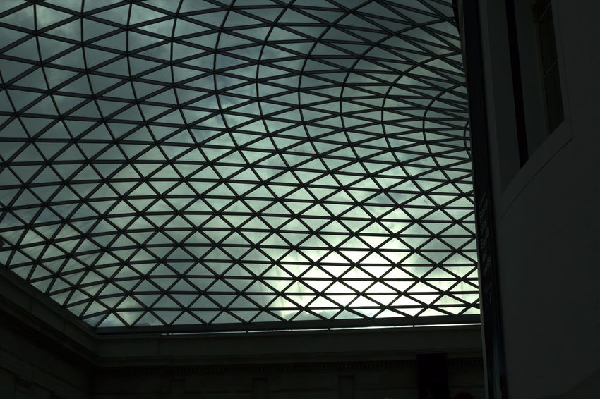 Glass roof Built Structure Architecture Sky Indoors  Urban Architecture Urbanphotography Urban Exploration Street Light No People Architecture Urban
