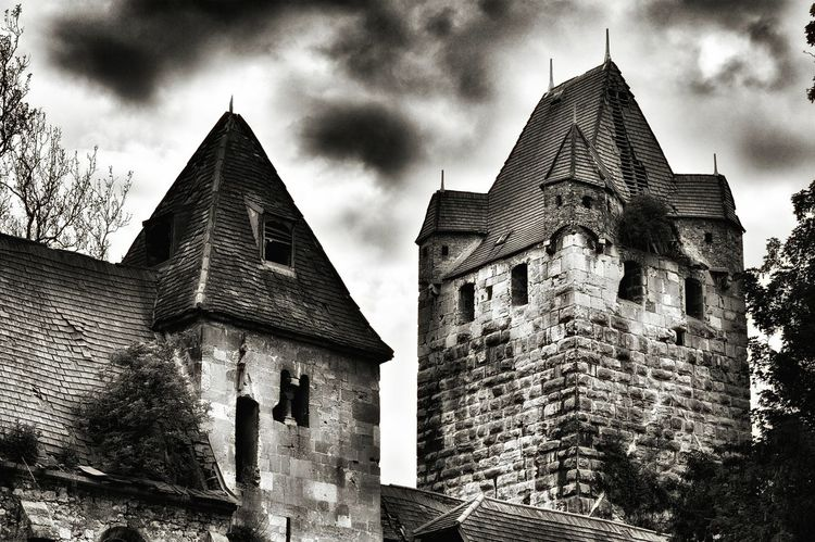 Schloss Pottendorf Austria EyeEm Awards 2016 Hello World Eyeem4photography EyeEm Gallery Woow Beautifull Ruins Old Ruin Old Architecture Wonderful View Baden Austria A Dream Black And White Wonderful Moment Time For A Walk Time For Me World Photography Day The Great Outdoors - 2016 EyeEm Awards The Moment Enjoying The Moment Wonderful Time Enjoying Life Amateur Photography BestEyeemShots Thanks4thefollow It Was Perfect