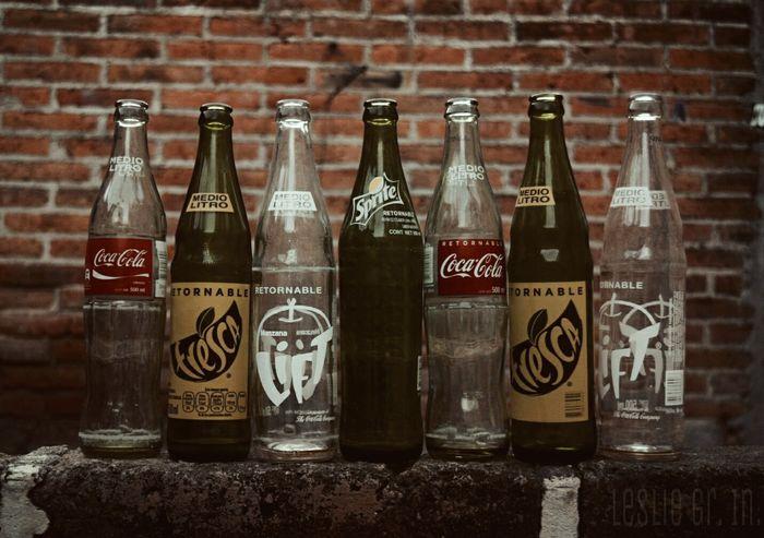 Leslie_Gr_In Vidrio Botella Botellas Cocacola Sprite Lift Fresca Bebidas Sodas Medio