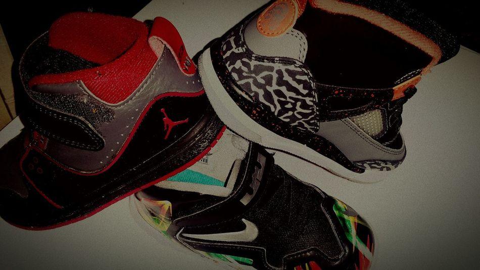 Bebe Foot Nike Jordans Lebrons