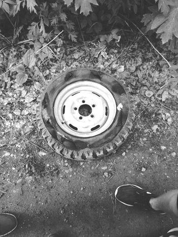 колесо ЛУАЗ гонка бездорожье природароссии ноги First Eyeem Photo