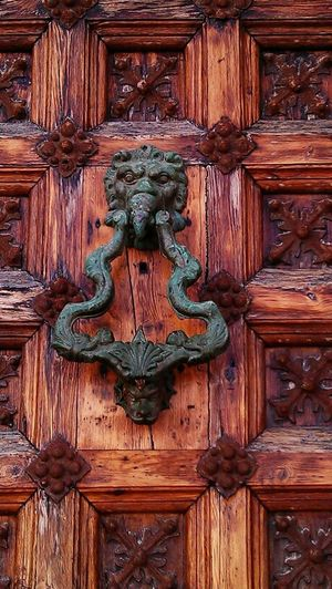 Doorbells Knock Knock! Who's There?! Barcelone