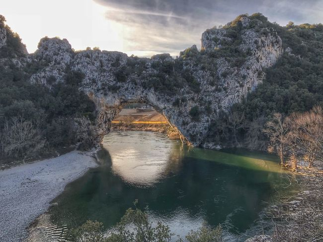 Le pont d'Arc, Vallon pont d'arc, Ardeche, France Ardeche France Ardeche River Ardeche Vallon Pont D'arc Le Pont D'arc Water Nature Day No People Outdoors Sunlight Tree Beauty In Nature Sky