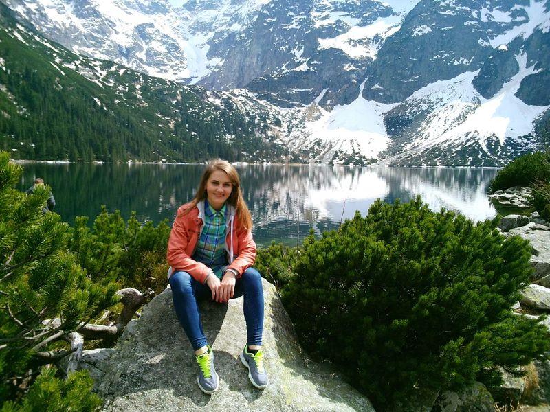 Lake Girl Nature Mountains Zakopane Morskieoko Beautiful Feel The Journey