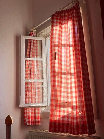 Sommermorgen scheint durchs Fenster Red Hanging No People Indoors  Home Interior Curtain Window Textile Day Celebration House