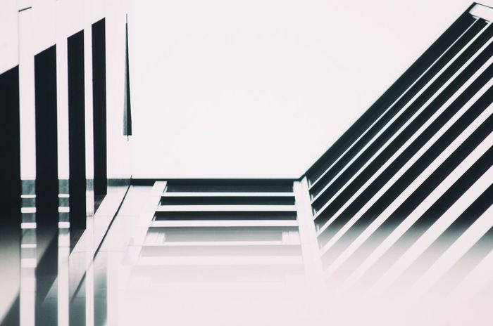Minimalism Building Simplicity Taking Photos Blur White Sky Architecture Minimal Showcase March Simplistic The Architect - 2016 EyeEm Awards Pivotal Ideas