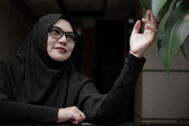 Power of natural combine with artificial light Bandung Shooter EyeEm Ready   Indonesian Shooter Close-up Day Eyeglasses  Human Hand Indoors  Leisure Activity Lifestyles One Person People Portrait Real People Young Adult Young Women Inner Power