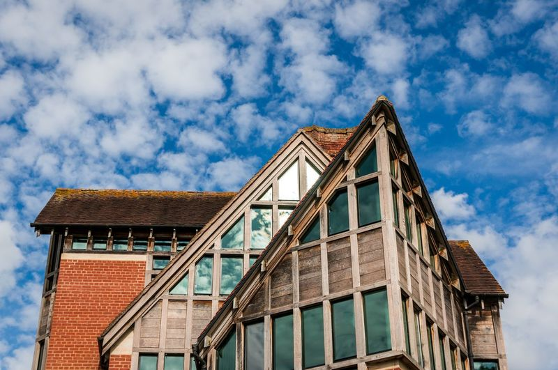 oh Cambridge you lovely little city. Especially on a sunny day while punting on the river. Architecture England Bluesky Roof Visiting Punting Tourism Window Reflection Traveling Travel Photography Tourism University Sunnyday Sky Sky Architecture Building Exterior Built Structure Cloud - Sky Townhouse