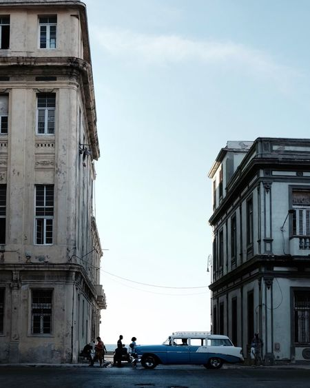 Architecture Built Structure Building Exterior Car Sky Real People Land Vehicle Cloud - Sky Transportation Day Outdoors Men People Travel Cuba Havana Photographing The Street Photographer - 2017 EyeEm Awards Been There. Done That. Summer Road Tripping