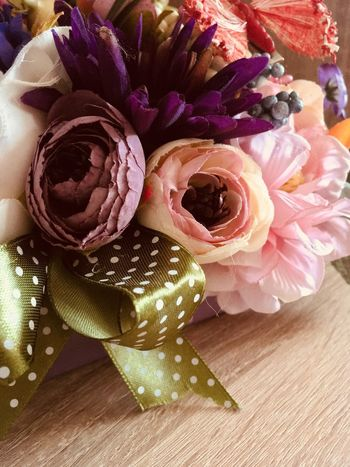Flower bouquet Flower Petal Rose - Flower Table Indoors  Flower Head High Angle View No People Fragility Celebration Freshness Close-up Nature Beauty In Nature