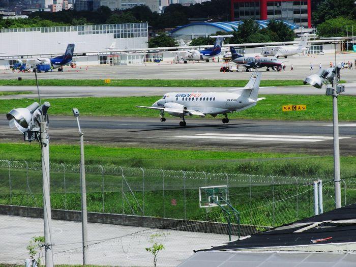 landing at Olaya Herrera Airport, medellin colombia