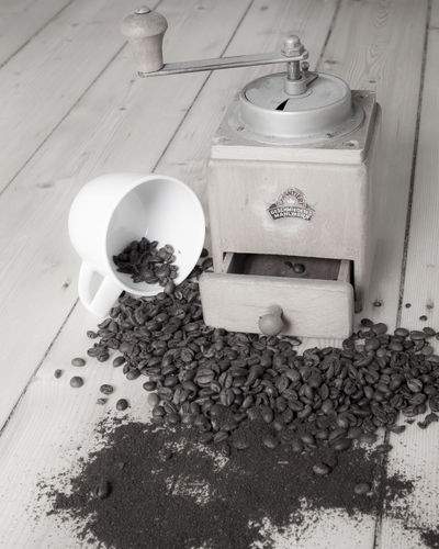 Mirko Beans Coffecup Coffee Coffee Beans Coffee Grinder High Angle View Kaffeemühle Wood - Material