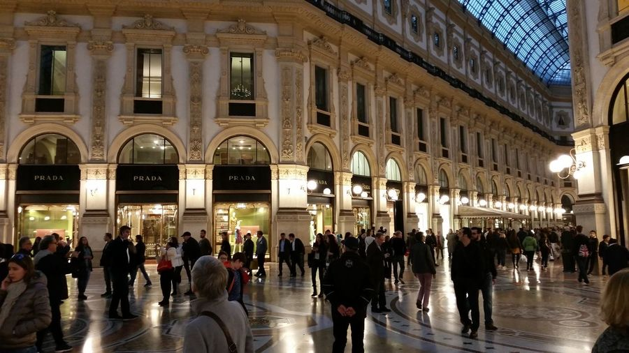 Milan Milano Milan Italy Milan Shopping Illuminated Shop Illuminated Galleria Vittorio Emanuele Prada Galleria Gallery