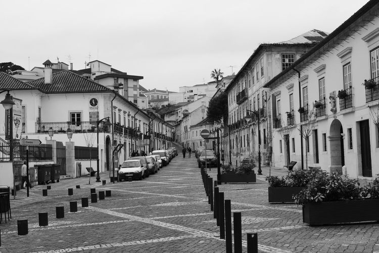 City Outdoors Sky Architecture No People Day Square Black And White Preto E Branco Old Buildings Roadway Passage Way Alleway Road Pathway Place Noir Et Blanc
