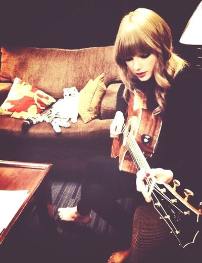 Taylor Swift With Meredit