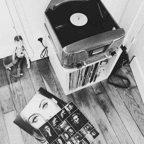 Vintage Vynil Music Adele25