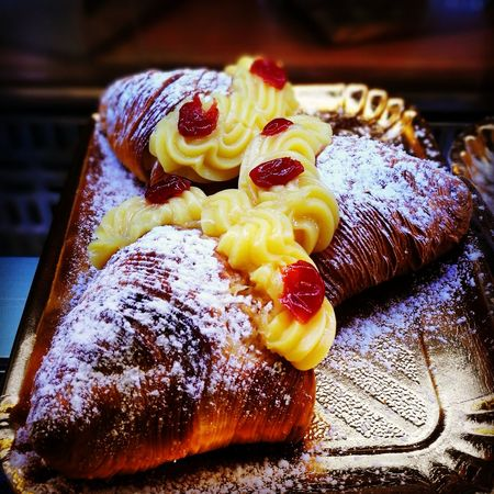 "Santarosa... a special kind of ""sfogliatella"" Sfogliatella Santarosa Food And Drink Food Indoors  Sweet Food Dessert Digitalphotography Digireale Italian Food Life's Simple Pleasures..."