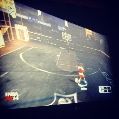 Gramy Sobie W NBA 2K14 Samuel przegrał więc się odgrywa na Lebronie 1vs1 na blacktopie