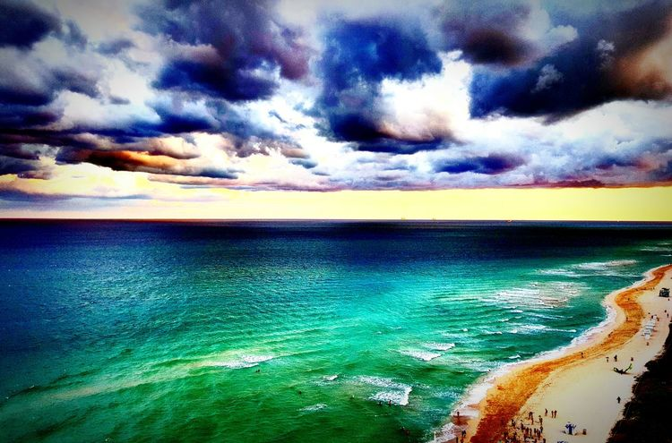 Miami Beach Southbeach Florida Sea Water Tranquil Scene Scenics Tranquility Beauty In Nature Horizon Over Water Idyllic Cloud - Sky Nature Sky Blue Calm Cloud Seascape Majestic Non-urban Scene Ocean Outdoors Cloudy