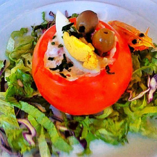 delicioso tomate recheado com atum, delicious stuffed tomato with tuna Delicioso Tomate Atum Delicious Tomato Tuna