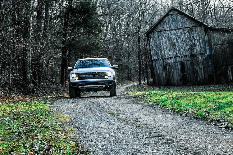 Ford Raptor Fordraptor Fordraptorsvt Fordraptors Truck Barn Outdoors EyeEmNewHere